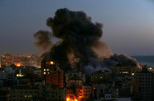 IDF strikes Hamas targets in retaliation for incendiary balloons