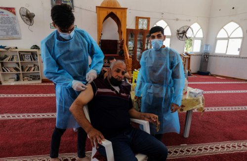 China to donate to Gaza 500,000 COVID-19 vaccines produced in Egypt
