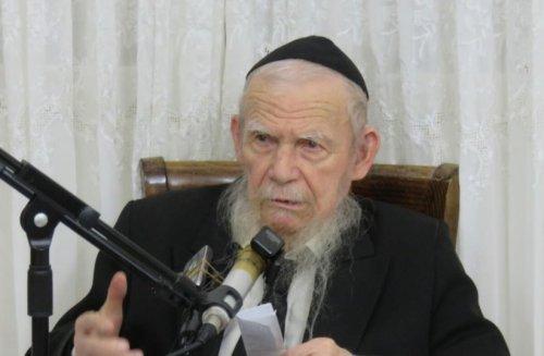 Senior ultra-Orthodox rabbi: New gov't wants to make people non-religious