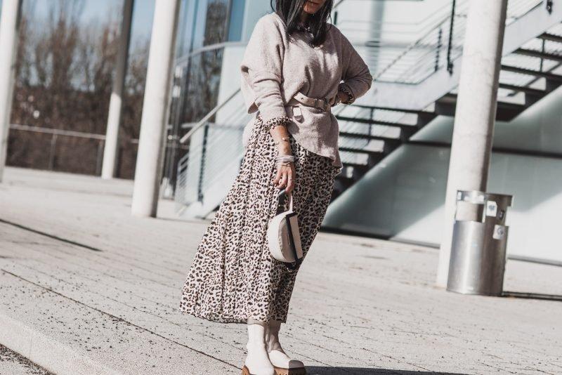 Julie Dresscode Fashion & Lifestyle Blog - cover