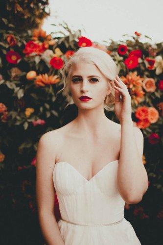 Retro Palm Springs Inspired Bridal Looks from a&bé bridal   Junebug Weddings