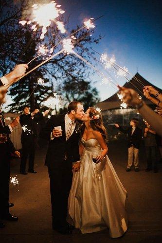36 Amazing Real Wedding Portraits We Heart   Junebug Weddings