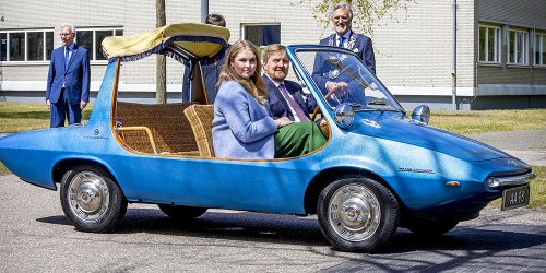 Dutch King Willem-Alexander & Family Celebrated Kings Day by Driving In A Very Interesting Car