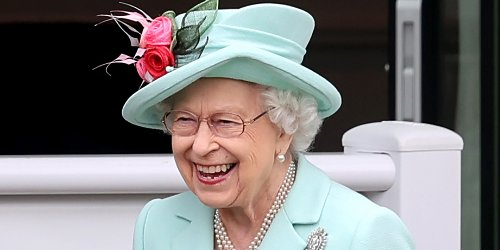 Queen Elizabeth Steps Out for Final Day of Royal Ascot 2021