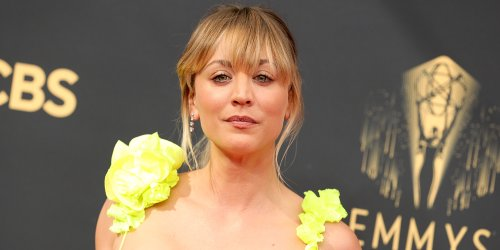Flight Attendant's Kaley Cuoco Brightens Up The Red Carpet at Emmy Awards 2021