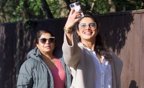 Priyanka Chopra Snaps Cute Pics with Her Mom While Out in London