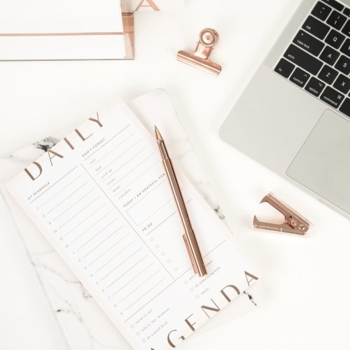 How to be organized when you are a total mess + free printables