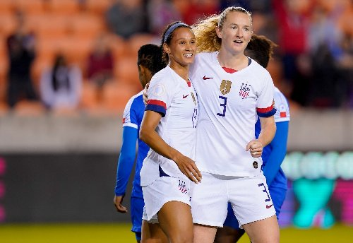 Sam Mewis and Lynn Williams announce SNACKS, a new podcast from Just Women's Sports – Just Women's Sports