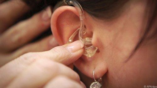 Für den guten Ton: Hörgeräte richtig reinigen