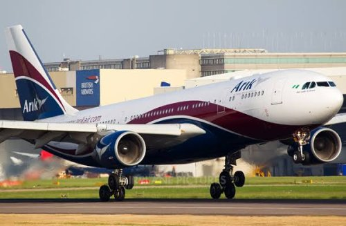 Arik Air flight averts belly landing after gear malfunction