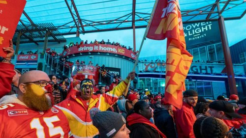 Kansas City Chiefs open presale of 2021 Red Friday flags. Here's how fans can get one.