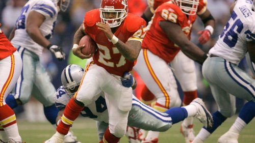 NFL Network analyst waxes poetically about the Chiefs offensive line from early 2000s