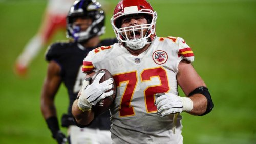 Former Kansas City Chiefs left tackle Eric Fisher signing with Colts, source says