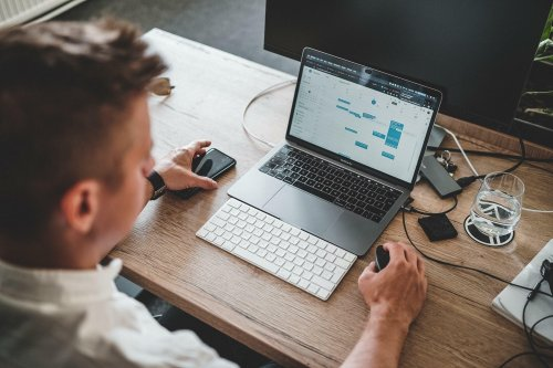Digitales Teamwork: Kollaborationstools erleichtern die Arbeit | karriere.de