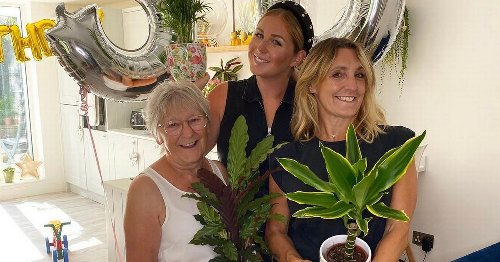 3 generations of women triumph over lockdown to open new Dover shop