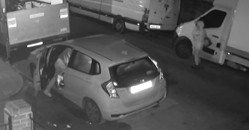 Gravesend man furious after CCTV captures thieves stealing from partner's car