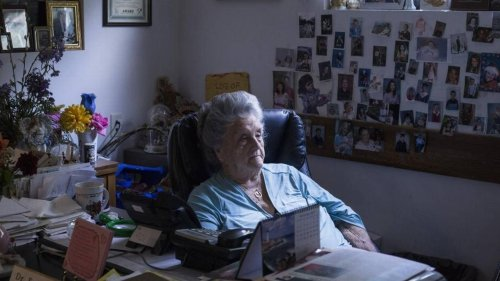 'She's changed thousands of lives.' Eula Hall, founder of Kentucky medical clinic, has died.