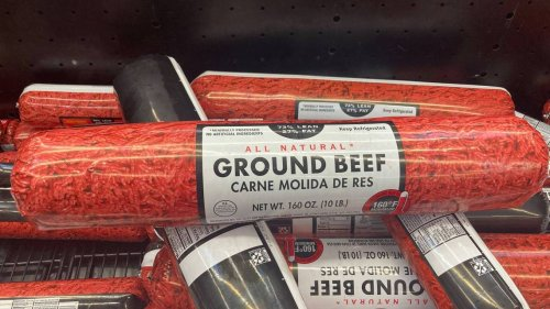10-pound log of meat used as weapon during fight in Walmart chip aisle, Ohio cops say