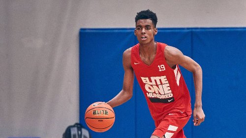 No. 1 recruit in all of high school basketball announces commitment to Michigan State