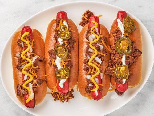 MIO: Classic chili dog