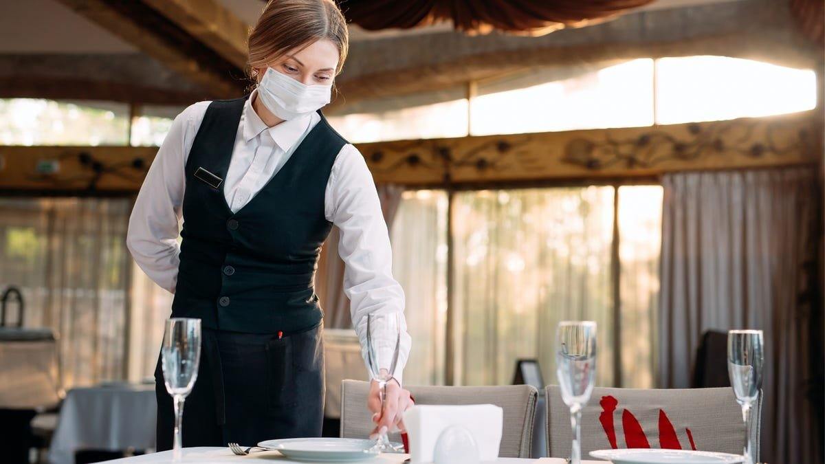 Being Vaccinated Doesn't Make Restaurant Outings Safe Yet