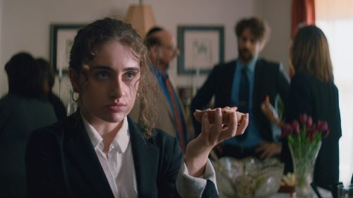 Sex positive cringe comedy Shiva Baby is the good kind of stressful