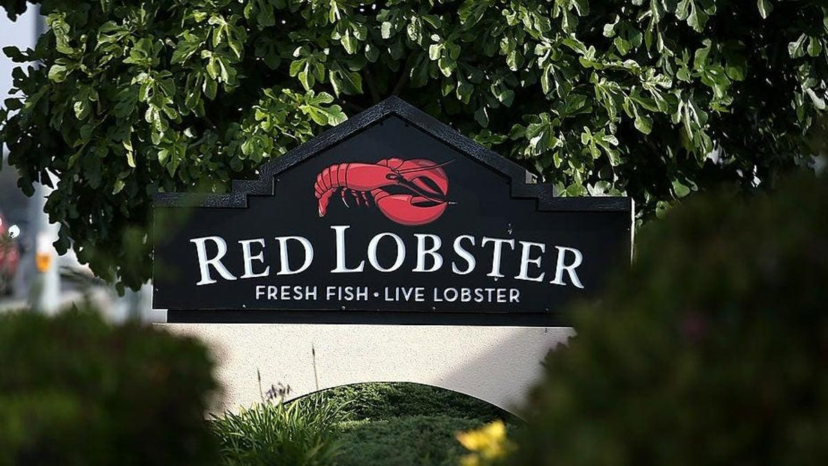 One-in-30 million lobster discovered at a Virginia Red Lobster