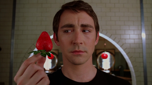 8 Pushing Daisies Episodes to Revisit During Fruit Pie Season
