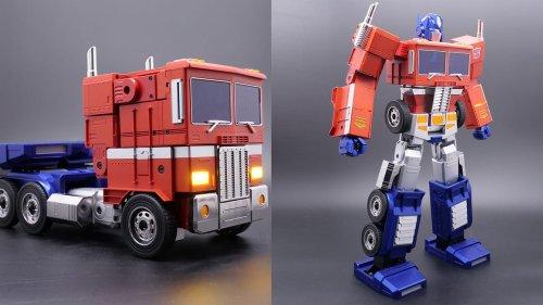 Hasbro Unveils $700 Self-Transforming Optimus Prime Robot