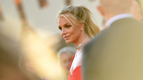 Britney Spears requests her dad be permanently removed from conservatorship