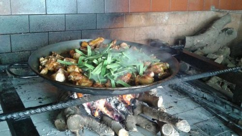 Valencia holds (and shares) the secret to perfect paella