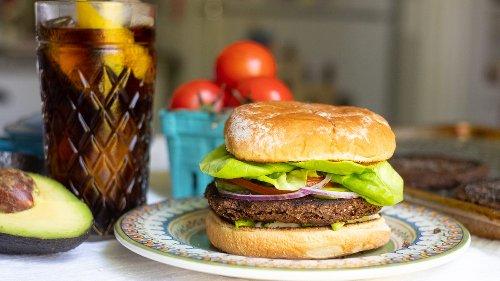 Vegan/ Vegetarian Me! cover image