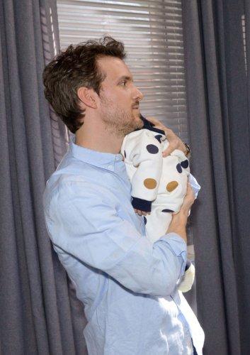 GZSZ: Neues Bild zeigt Laura und Felix als glückliche Eltern – was steckt dahinter?