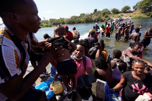 Official says US will deport 'massive' number of Haitians
