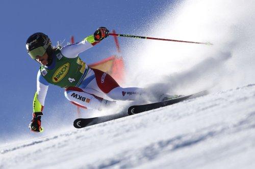 Gut-Behrami, Shiffrin build lead in World Cup skiing opener