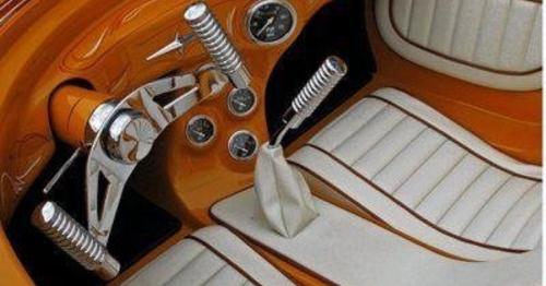 En sevdiğiniz en sade kokpite sahip araba nedir?