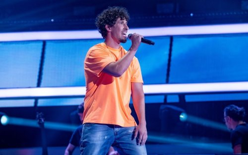 """Dustin Lukat bei """"The Voice of Germany"""" : """"Astronaut"""""""