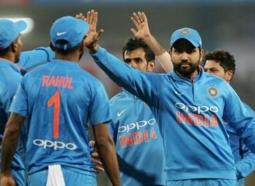 Ind vs Sl 2nd T20, Rohit slams fastest ton for a massive win - KNine Vox