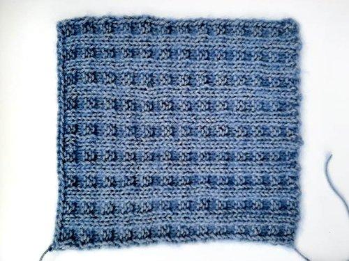 Knitting 4 of my favorite stitch motifs – Part I