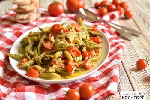 Mediterranes Bohnen-Tomaten-Gemüse – schmeckt warm & kalt!