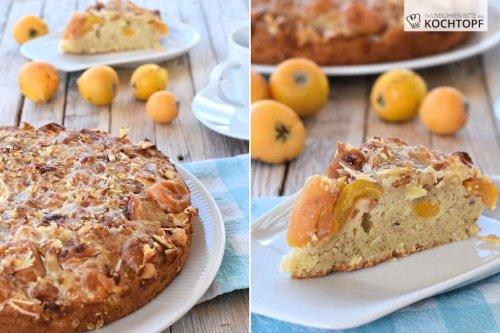 Nispero-Mandel-Kuchen mit erster Nispero-Ernte