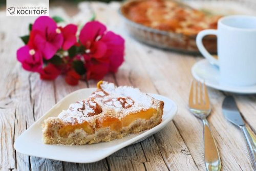 Ein Rezept – verschiedene Kuchen {Aprikosen-Mispel-Tarte}