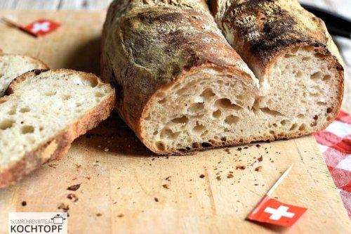 Luzernerbrot, das dunkelbraune Schweizer Brot aus meinem Heimatkanton