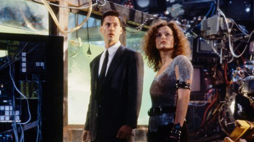 The Future Promised by Johnny Mnemonic Wasn't Too Far Off
