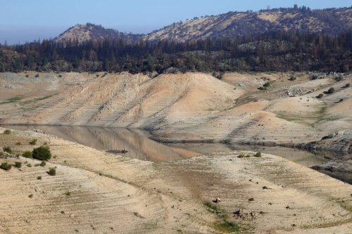 Lake Oroville Shows the Shocking Face of California's Drought | KQED