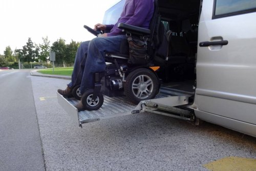 'Lyft's Got to Look Into its Soul': Judge Weighs Requiring Lyft to Provide Wheelchair Users Equal Service | KQED