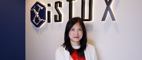 Oi Yee Choo, CCO of iStox, teaches her young daughters about financial and career planning