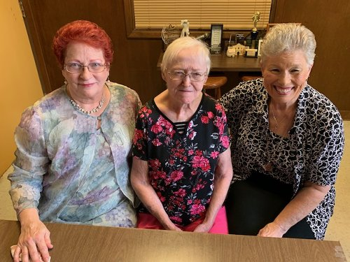 Parade of Pageant Contestants; Elizabeth, Patsy, Linda and Valerie.