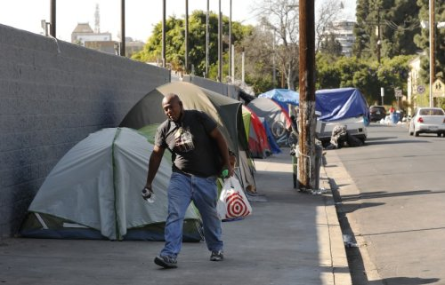 Homelessness is down 12% in Hollywood, unofficial count finds