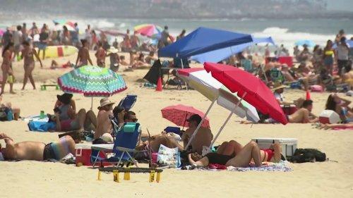 Crowds flood into beach in San Diego County on Fourth of July